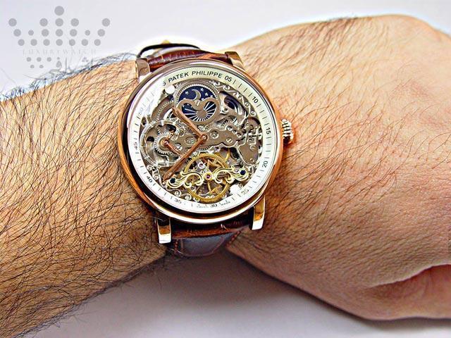 خرید ساعت مچی رنگ ثابت