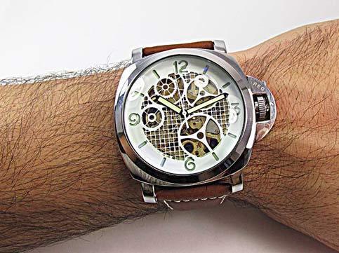 ساعت مچی قلب باز اسکلتون پانرای مدل 2746 سایت اشرافی