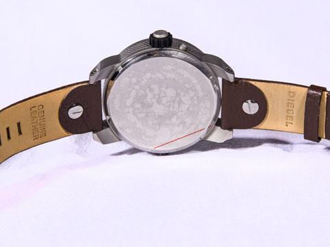 ساعت مچی دیزل سایت اشرافی