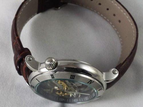ساعت مچی دست پیدا ik
