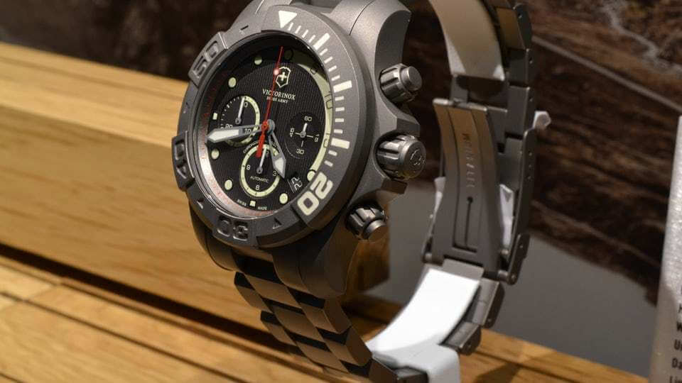ساعت Victorinox Dive Master 500 Titanium