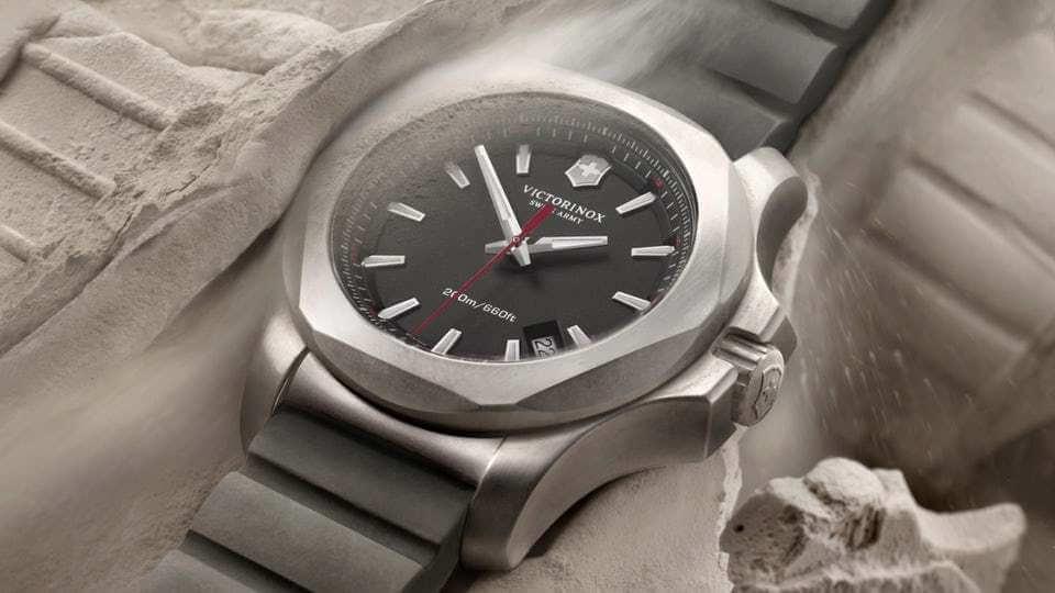 ساعت Victorinox Inox