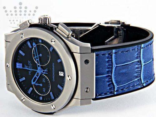 ساعت مردانه آبی رنگ هابلوت