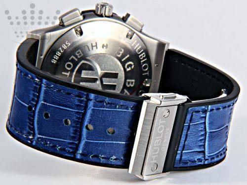 ساعت مردانه آبی رنگ هابلوت-04
