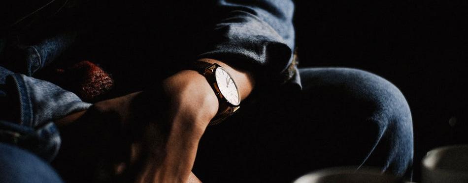 طراحی ساعتهای باریک مردانه