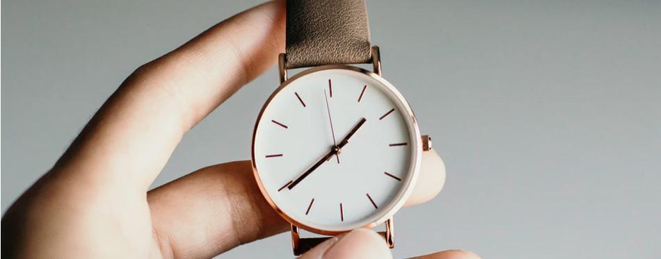 بررسی ساعتهای باریک مردانه