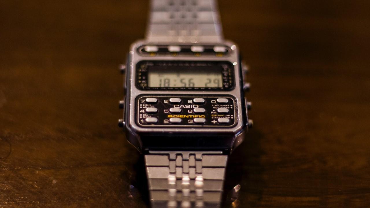 بهترین ساعت های ماشین حساب دار