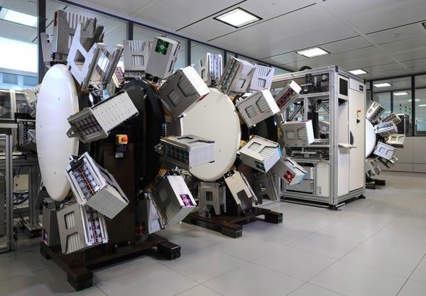 آزمایشگاه رولکس