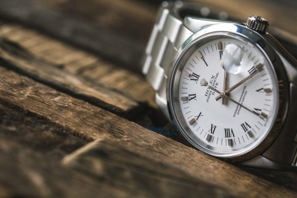 رولکس: پیشگام در صنعت ساعتسازی
