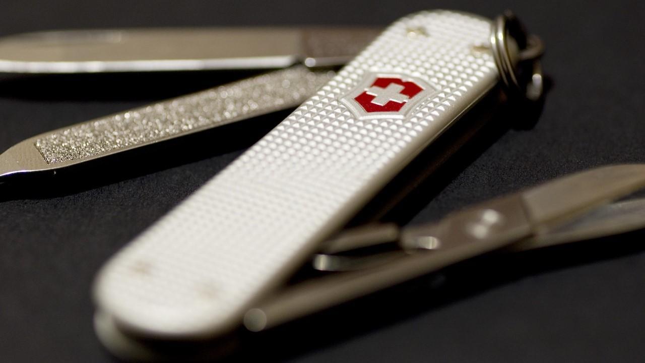 چاقوی سوئیس آرمی مخصوص آتش نشانان
