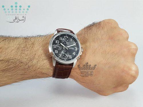 عکس روی دست ساعتCasio MTP-E307L-1ADF