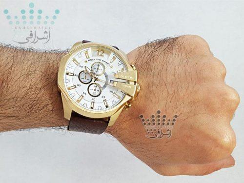 نمای روی دست ساعت دیزل مدل dz-4344g