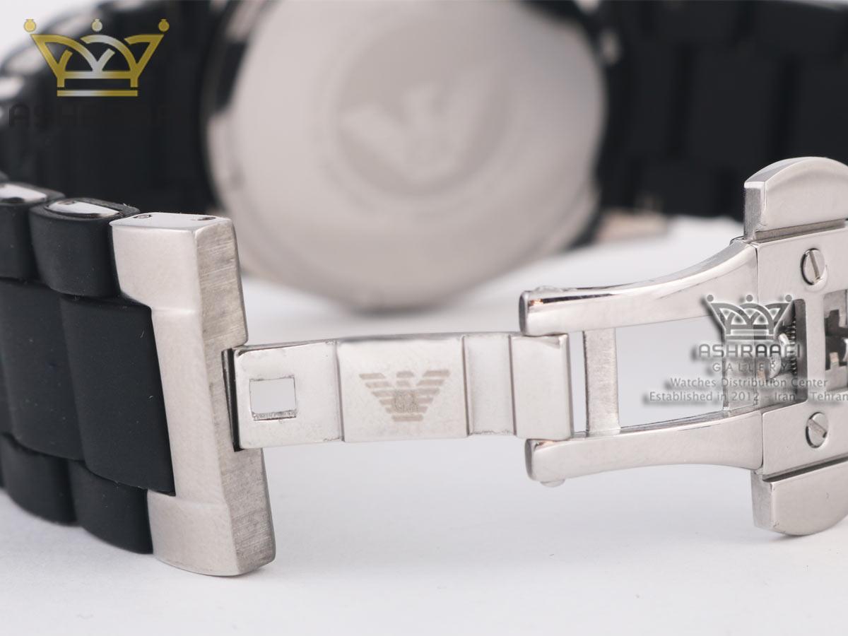 نمای داخل قفل ساعت Emporio Armani AR5858
