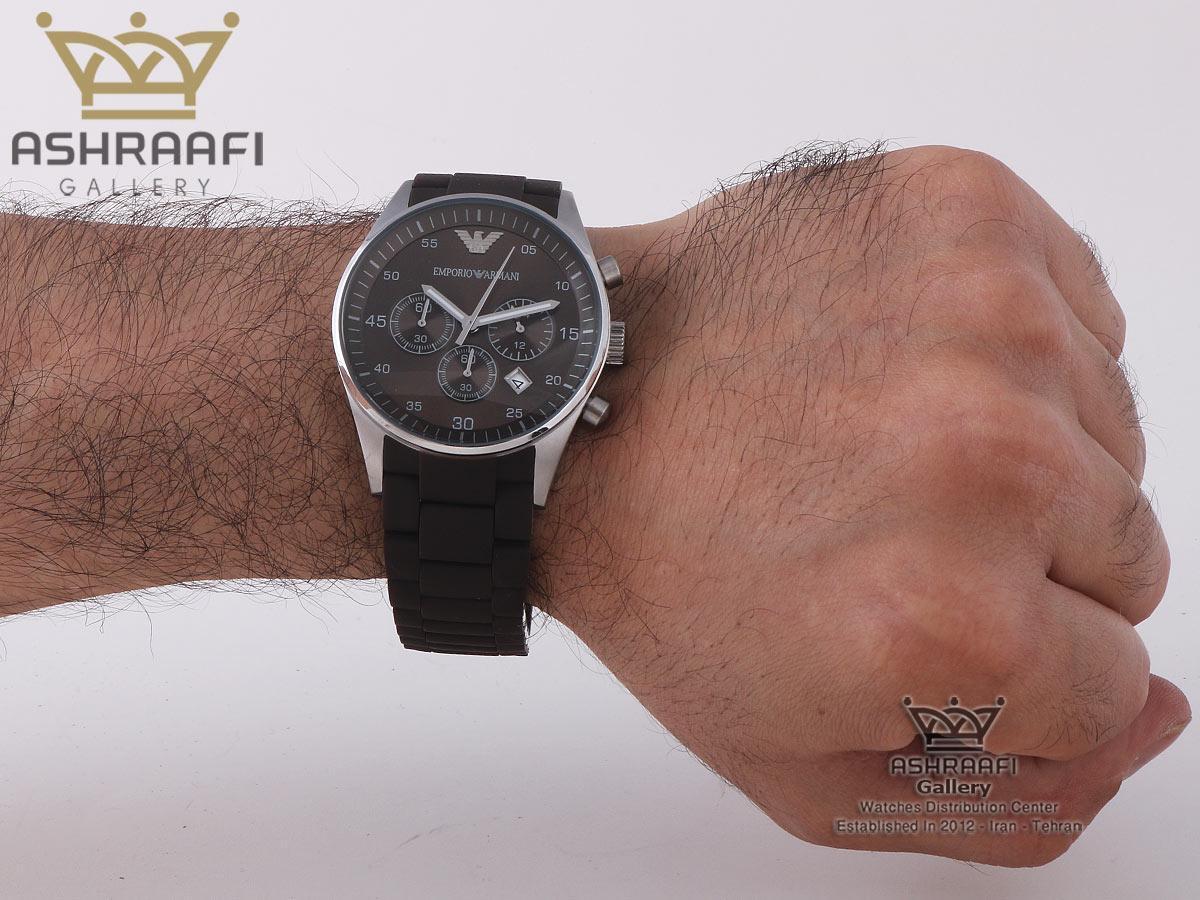 عکس روی مچ ساعت Emporio Armani ar5860SBR