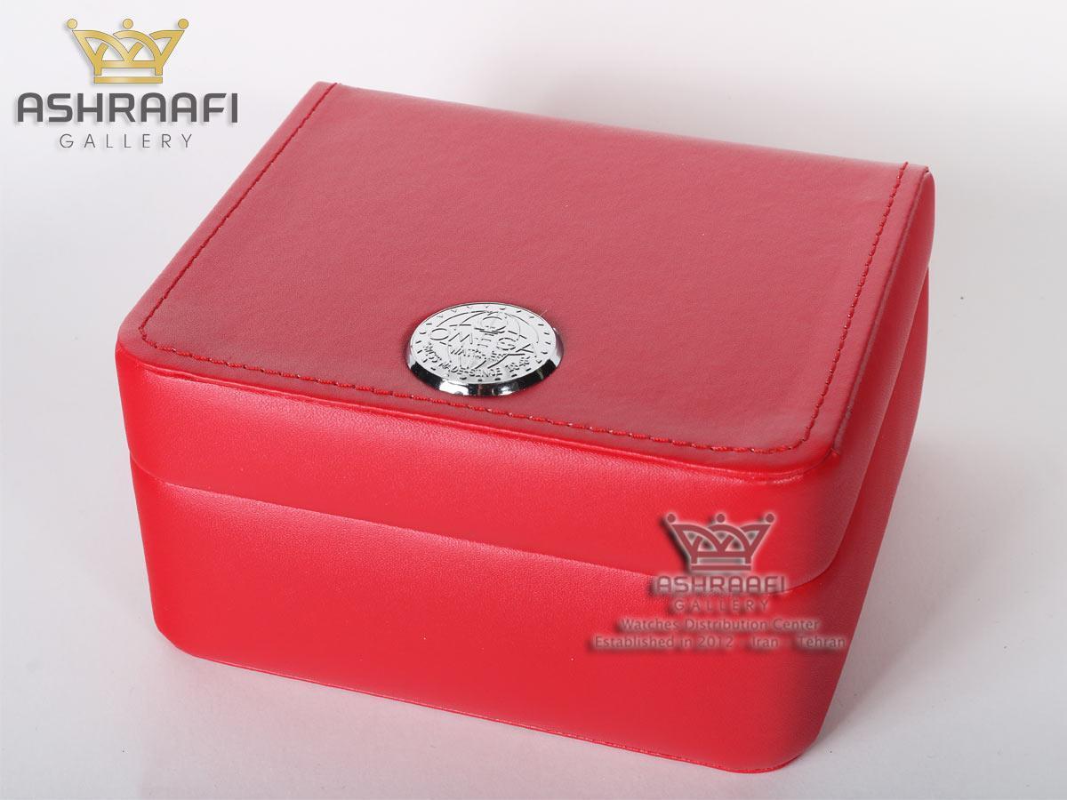 جعبه قرمز رنگ ساعت مچی امگا