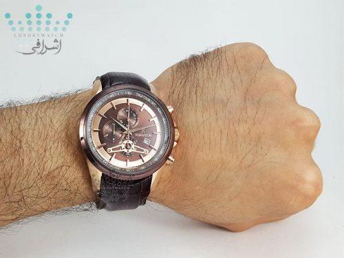 تصویر ساعت تاچیمتر دار روی مچ Romanson S1335G