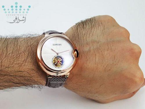 تصویر روی مچ ساعت کارتیه بالان بلوcartier ballon bleu XB4
