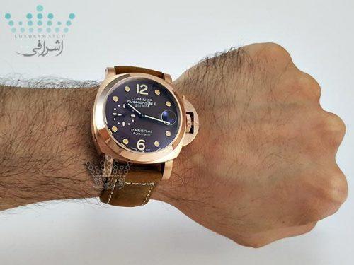 عکس روی دست ساعت panerai submersible G25